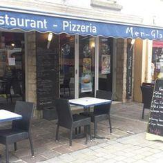 Dans ce restaurant-pizzeria situé en bas de la rue du Pont, Laurent vous propose de découvrir ses nombreuses pizzas à l'italienne (22 au total),. A la carte, s'affichent d'autres spécialités italiennes comme des lasagnes bolognaises maison mais également une cuisine plus traditionnelle, des moules en saison à déguster, pourquoi pas, sur la terrasse aux beaux jours. Tous ces plats et pizzas peuvent être à emporter.