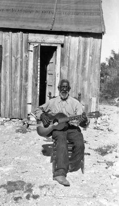 History in Photos: Born in Slavery.  Elijah Cox, 1930-40.