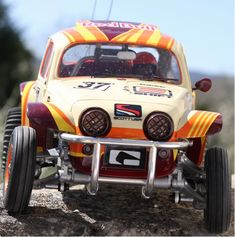Gold Wheels, Black Wheels, Rc Buggy, Rc Cars And Trucks, Rear Ended, Rc Model, Car Makes, Radio Control, Tamiya