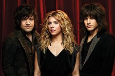 CBS Interactive's award-winning webcast concert series, LIVE ON LETTERMAN, presented by Xperia™ Lounge, will feature country music's sibling trio, The Band Perry, in a live webcast performance from the world-famous Ed Sullivan Theater in New York City on CBS.com and VEVO,Monday, April 1(8:00 PM, ET/5:00 PM, PT).