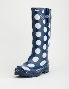 sometimes gumboots are necessary !   oh, and i love polka dots :)