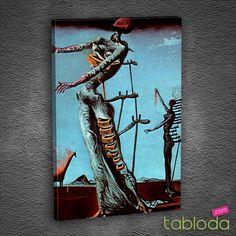 """Salvador Dali'ye ait olan """"Yanan Zürafa"""" eseri Dali'ye göre savaşa çağrıdır. Öndeki ve arkadaki kadın figürünün sırtını iskelet benzeri bir yapıyla destekleyerek toplumun hatalarını ve zayıflıklarını anlatmak istemiştir. #salvadordali #dali #art #sanat #kanvastablo"""