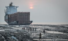 NGO Shipbreaking Platform: Record-Breaking of End-of-Life Tonnage Scrapped on South Asian Beaches in 2018 Uk Companies, Ship Breaking, Merchant Marine, End Of Life, Filipina, Basel, People Around The World, Boats, Africa