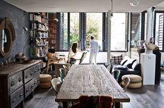 at the sisters Macintoshs loft - Méchant Design