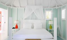 beach house bedroom with canopy