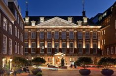 Choose from over 460 Amsterdam hotels with huge savings.  http://www.amsterdamhotelsstay.com/