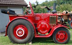 Oldtimer-Tractor LANZ BULLDOG D by Max Jakob, via Flickr