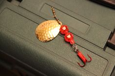 Size 9 Gold/Red Bass Lure