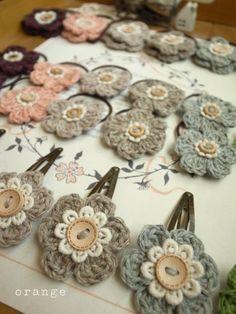 Simple crochet hair clips