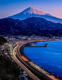Mount Fuji, Japan - 15 Truly Astounding Places To Visit In Japan Places Around The World, Travel Around The World, Around The Worlds, Asia Travel, Japan Travel, Monte Fuji Japon, Places To Travel, Places To See, Travel Destinations