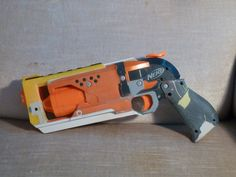 I decided that I wanted to make a nicer version of my old sidearm ( hoellenhamster.deviantart.com/… ) even though I am pretty happy with it. This is just such a satisfying mod. Since I was a...