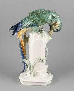 Parrot with corncobs, Volkstedt, Thuringia, 21th century., Entwu