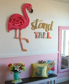21dfee4b7c Flamant rose déco dans la chambre de fille pour une ambiance estivale
