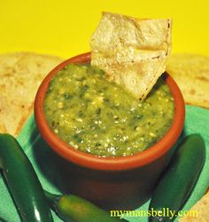 Roasted tomatillo salsa is the perfect dip to hit back when you get overtaken with a snack attack. It's so easy to make this salsa verde recipe.