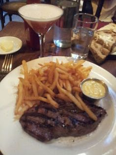 What would Martha do : Balthazar bar steak with pommes frites and bernaise sauce. Delicious!