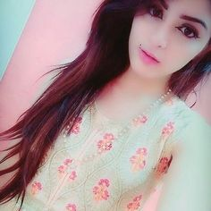 Aima memon Beautiful Girl Indian, Beautiful Girl Image, Beautiful Images, Stylish Girls Photos, Stylish Girl Pic, Cute Girl Poses, Cute Girl Photo, Crazy Girls, Cute Girls
