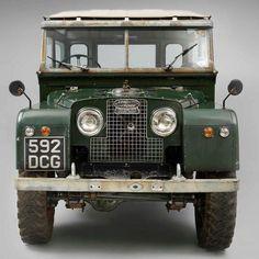 Awesome Vintage Land Rover Defender (71 Photos) https://www.designlisticle.com/land-rover-defender/