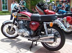 Japanese Motorcycles, Four History Changers: Honda Honda Cb750, Honda Bikes, Honda Motorcycles, Vintage Motorcycles, Honda Cb Series, Mountain Bike Shop, Womens Motorcycle Helmets, Motorcycle Girls, Cb 450