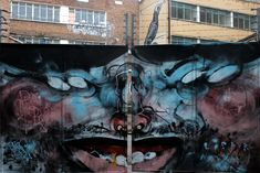 Tor #Graffiti Vogel #ROA #streetart #London #shoreditch #street #art