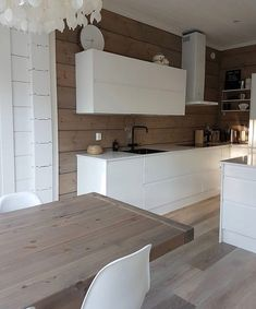 Cottage Design, House Design, Cabin Kitchens, Cabin Interiors, Cabin Homes, White Decor, Minimalist Home, House Rooms, Kitchen Interior