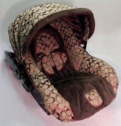 Umm... LOVE this wish they did it in a bigger car seat!