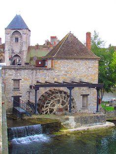 Moret-sur-Loing, France