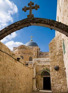 Pontius Pilate and via Doloarosa   Via Dolorosa and the Church of the Holy Sepulchre.