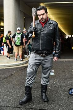 The Absolute Best Halloween-Costume Inspiration From New York Comic Con #refinery29  http://www.refinery29.com/2016/10/125811/halloween-inspiration-new-york-comic-con#slide-8  Hey, Negan, any hints on who lives and who dies?...