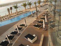 The seven-star Hotel Jumeirah etihad Towers in AbuDhabi used Einwood for their swimming pool area. Looks stunning! #einwood #abudhabi #luxe