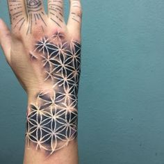 Filling the forearm - forearm - # filling # forearm - Tätow . - Forearm filling – forearm – # filling # forearm – Tätowierung Skizzen – # the f - Flower Of Life Tattoo, Forearm Flower Tattoo, Forearm Sleeve Tattoos, Tattoo Life, Hand Tattoos, Body Art Tattoos, Cool Tattoos, Bmth Tattoo, Psychedelic Tattoos