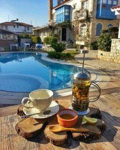 Papatya çayına ne dersiniz  Otel kışında açık, şömineli odaları seçin! #alacati #cumbalikonak  ☎ 0232-7166464  www.kucukoteller.com.tr/cumbali-konak
