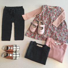 Poppy Rose Jeg er helt solgt #poppyrose #marmar #littlestorylane #merinould #bukser #body #kjole #leggings #bluse #strik #astaogalfred #babytøj #babysko #skindsko #ballerina @marmarcopenhagen @littlestorylane @poppyroseofficial