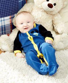 http://www.ltdcommodities.com/Apparel---Beauty/Baby/2-Pk--Footed-Baby-Sleepers/1z0x0tk/prod2460181.jmp?bookId=4043