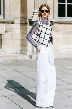 Street looks at Paris Fashion Week Fall/Winter 2015-2016 | Vogue Paris
