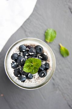 A Vanilla Chia Pudding you can take to go! Recipe makes one half-pint mason jar. | breakfast for dinner