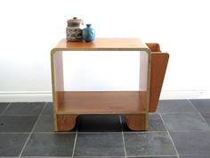 Mid Century Side Table  Vintage Wood End Table  di SnapshotVintage, $180.00