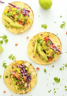 Nothing is quite as satisfying as having a home cooked meal and sitting down at the dinner table with your family! Kroger's ClickList is the ultimate life hack. Ordering your groceries online will help you stay organized and put a fresh healthy, dinner on the table in less time like this delicious recipe for Grilled Mahi Mahi Tacos with Mango Salsa.