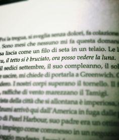 """..il tetto si è bruciato, ora posso vedere la luna.. """"SPLENDORE"""" by margaret mazzantini #haiku #ottimismo"""