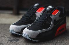 Nike Air Max 90 Leather – Black / Black – Medium Ash – Total Crimson