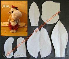 Игрушка Куклы Шитьё Выкройки фото 2 Animal Sewing Patterns, Stuffed Animal Patterns, Diy Stuffed Animals, Doll Clothes Patterns, Baby Patterns, Doll Patterns, Moose Crafts, Puppets For Kids, Sock Toys