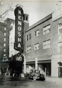 Kenosha Theater, 5913 Sixth Avenue, Kenosha, WI. (Closed).