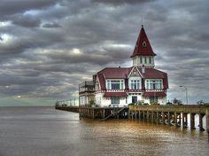 Club de pescadores by 'J', via Flickr