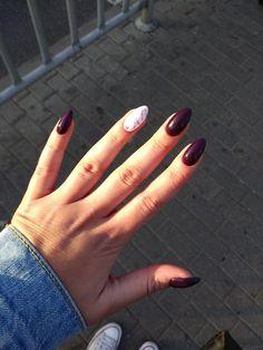 #nails #almond #naildesignes #purple #dark #autumnnails #marble #nail #almondnails #ilovethissomuch #fashion #style #autumnlook #look #darklook