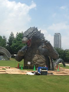 First Real Look at Tokyo's Giant Godzilla Statue.. this.. is.. AMAZING! I would love to see this.!