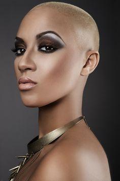 Roseanna Velin Make-up Artist