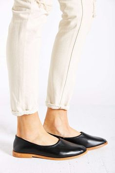 Our newest designer, Osborn, is flying out the door! These shoes are so sleek and comfy.