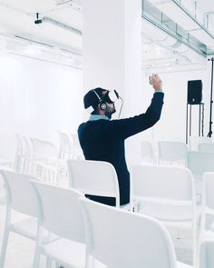An awesome Virtual Reality pic! VR Tuesday #vr #virtual #virtualreality #360video #innovation #havas #white #stateofmind #samsung #gearvr #warsaw #warszawa #interior #film #filming #bts #onset #vsco #vscocam #vscopoland #igerswarsaw #justgoshoot by michaeltencalka check us out: http://bit.ly/1KyLetq