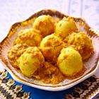 Rendang van eieren - recept - okoko recepten Indian Food Recipes, Asian Recipes, Vegetarian Recipes, Suriname Food, Indonesian Cuisine, Malaysian Food, Dutch Recipes, Asian Cooking, No Cook Meals