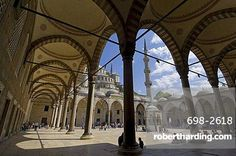 The inner courtyard, Blue Mosque (Sultan Ahmet Camii), Sultanahmet, central Istanbul, Turkey, Europe