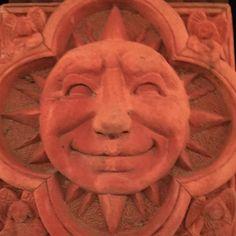 A sunny face at Robin's house. #sunny